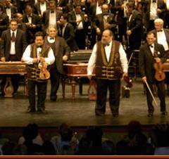 L'orchestre symphonique des 100 violons tziganes de Budapest – Théâtre des Champs-Elysées