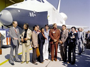 800px-The_Shuttle_Enterprise_-_GPN-2000-001363
