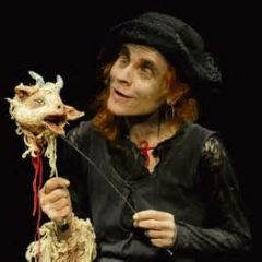 Sinon je te mange, Ilka Schönbein, Théâtre Mouffetard